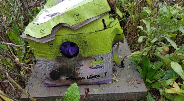Alte Hummelbox - Die Hummeln sind ausgezogen